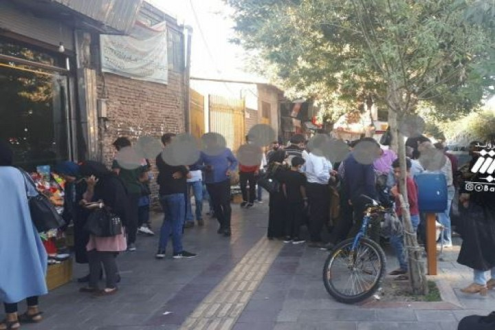 تجمع مردم در این روزهای کرونایی در خیابان امام بدون رعایت پروتکل های بهداشتی