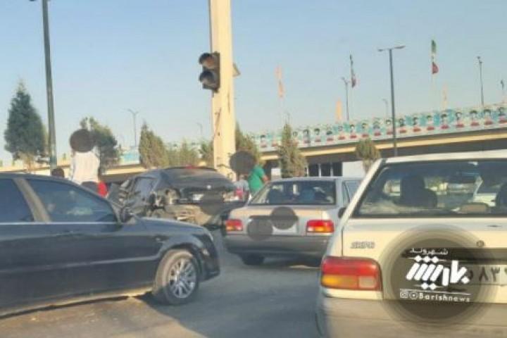 تصادف در شهیدلر کورپوسی (سرو)