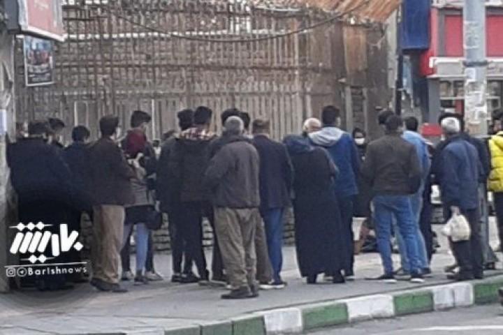 ازدحام مردم در خیابان عطایی در این روزهای کرونایی