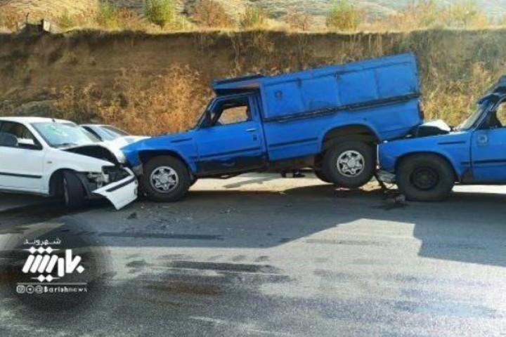 تصادف در جاده بند