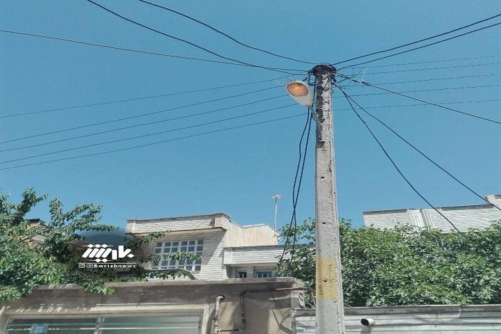 روشنایی معابر در روز خیابان میثم خ هادی کوچه 6