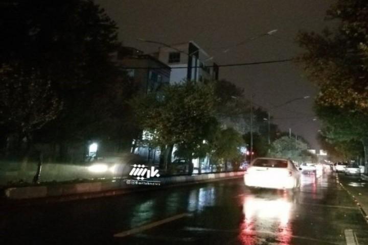 خیابان دانشکده در تاریکی ...