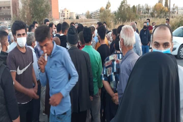 تجمع و اعتراض شدید اهالی روستای بدلبو در جاده روستایی به پارک فناوری در دانشگاه