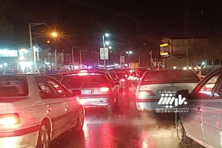 شلوغی و ترافیک شدید بند