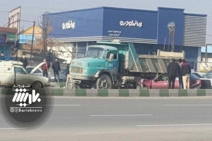 تصادف شدید در بلوار خاتم الانبیا