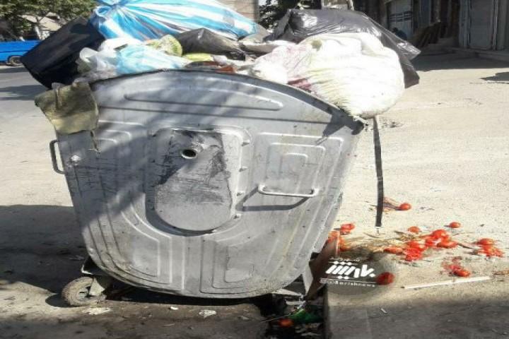 وضعیت پسماند در خیابان صمدزاده
