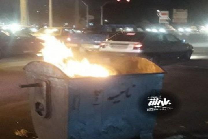 آتش گرفتن سطل زباله در خیابان هفت تیر