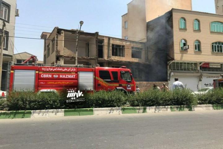 آتش سوزی در خیابان سرداران