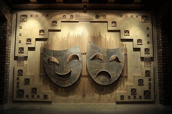 تئاتر استان نیاز به بازبینی دارد
