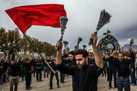 عاشورا مظهر ایستادگی  در حفظ ارزشهای اسلامی