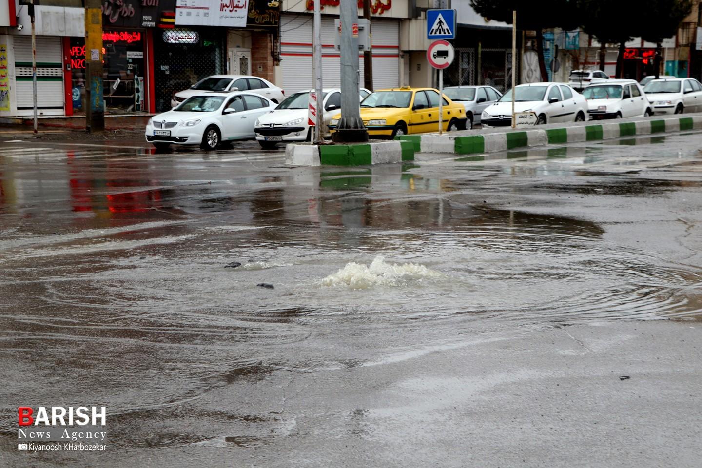 بارش شدید باران و آبگرفتگی معابر شهری