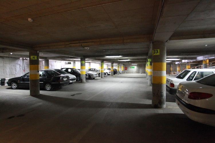 بازگشایی قفل ترافیک ارومیه با پارکینگهای طبقاتی
