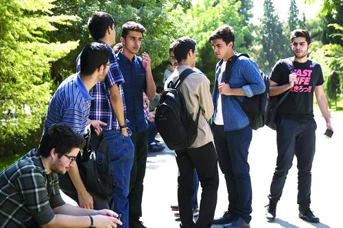 نشاط اجتماعی شرط پویایی در دوران نوجوانی