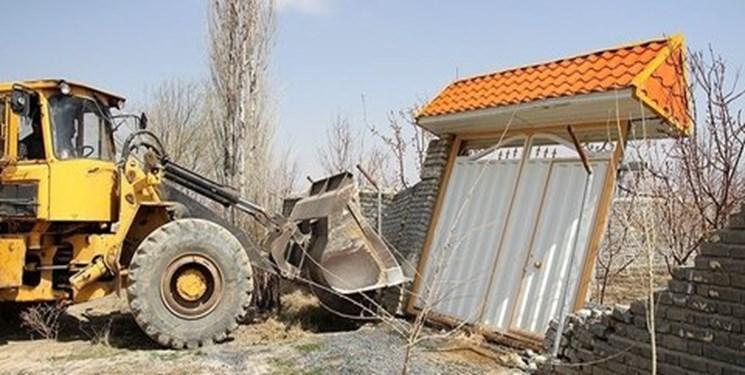 ساختوسازهای غیرمجاز در اراضی کشاورزی آذربایجانغربی قلع و قمع شد
