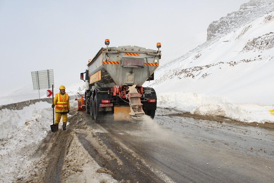 آغاز طرح زمستانی جادهای آذربایجانغربی از 20 آذرماه جاری