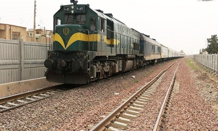 قطار مستقیم ارومیه_مشهد در انتظار تکمیل زیرساختها