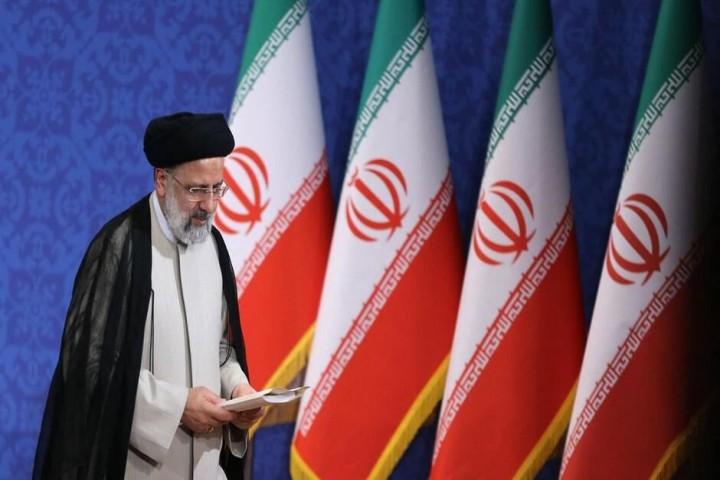 اعلام فهرست نهایی کابینه سیزدهم؛ یکشنبه