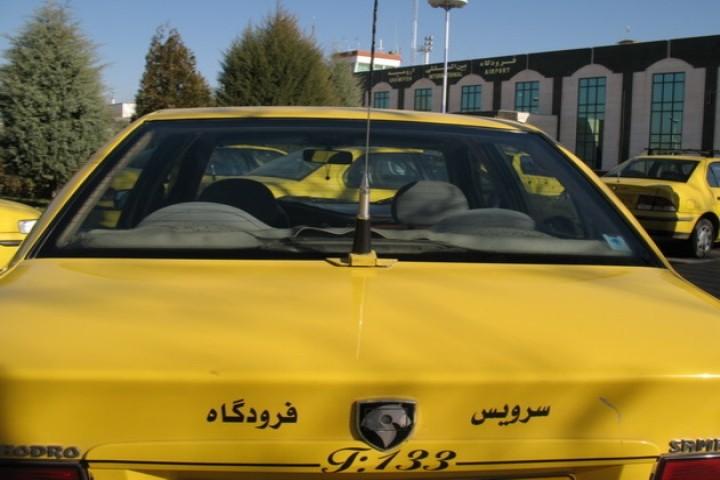 نرخ تاکسی در مسیر فرودگاه ارومیه 20 هزار تومان است