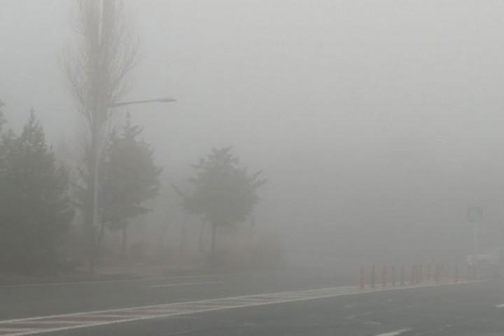 مه صبحگاهی و وزش باد پدیده غالب در آذربایجانغربی