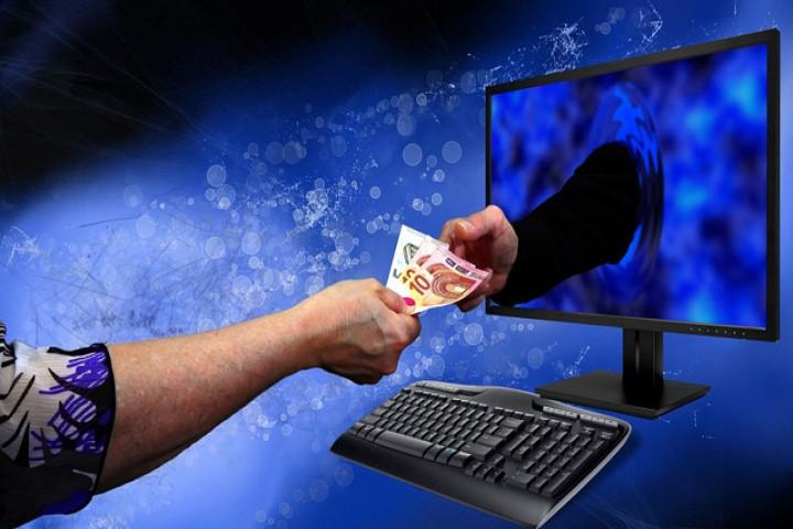 نبود ذره بین نظارت بر سایت های خرید و فروش اینترنتی