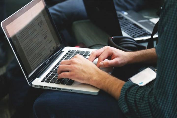 کلافگی دانشجویان از ضعف آموزش مجازی در آستانه امتحانات