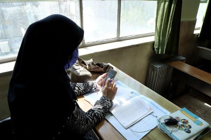 معلمان آذربایجانغربی و فشارهای روانی تدریس در فضای مجازی