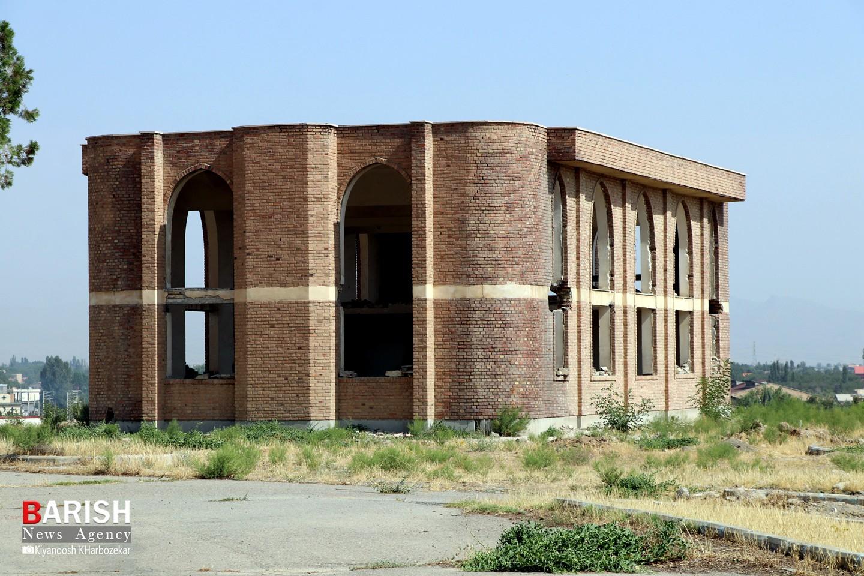 بلاتکلیفی ساختمان قدیم صدا و سیمای آذربایجان غربی