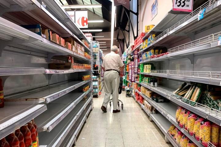 نبود روغن در فروشگاهها/وعدههای مسئولین برای تامین اقلام همچنان ادامه دارد