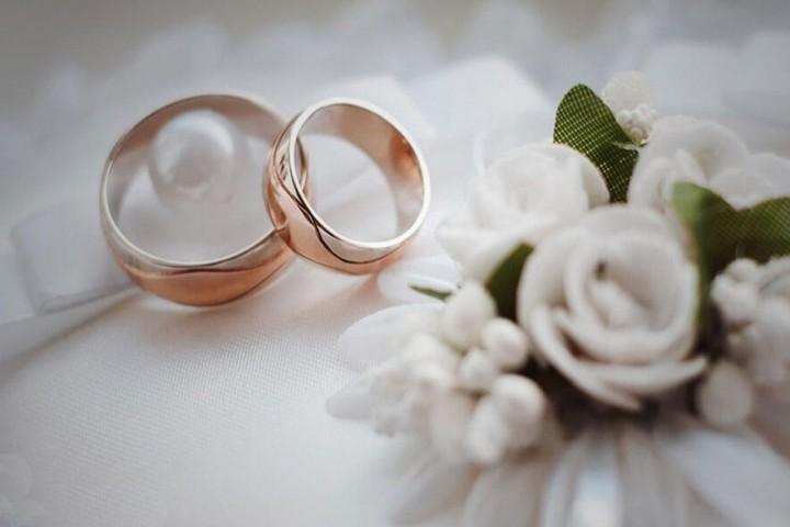 لزوم ازدواج های بدون مراسم در بحران کرونا / بله به ازدواج ساده در ایام کرونا