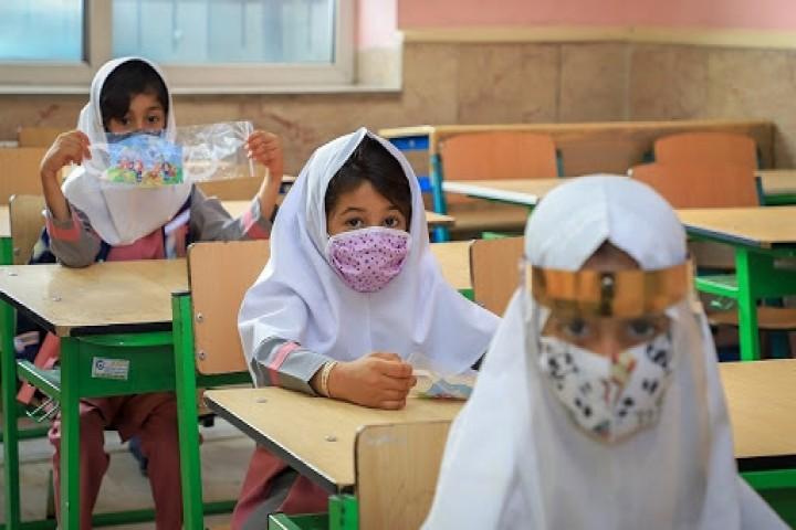 حضور دانش آموزان در مدارس اختیاری است
