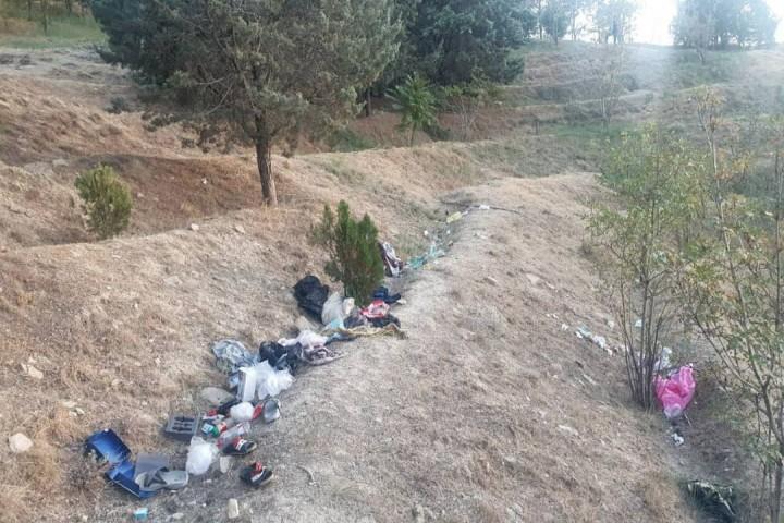 زباله های شهری زخمی بر پیکره پارک جنگلی ارومیه