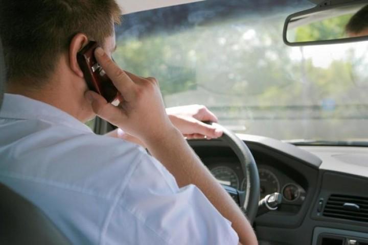 مکالمات خطرآفرین؛ مهم ترین عامل انسانی در تصادفات