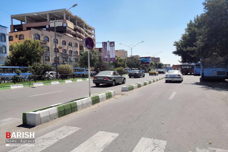عدم رعایت مقررات راهنمایی رانندگی توسط برخی رانندگان/ خیابان عطایی