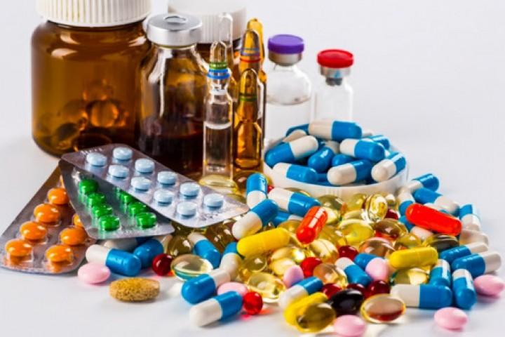 گرانی  دارو باری سنگین بر دوش بیماران