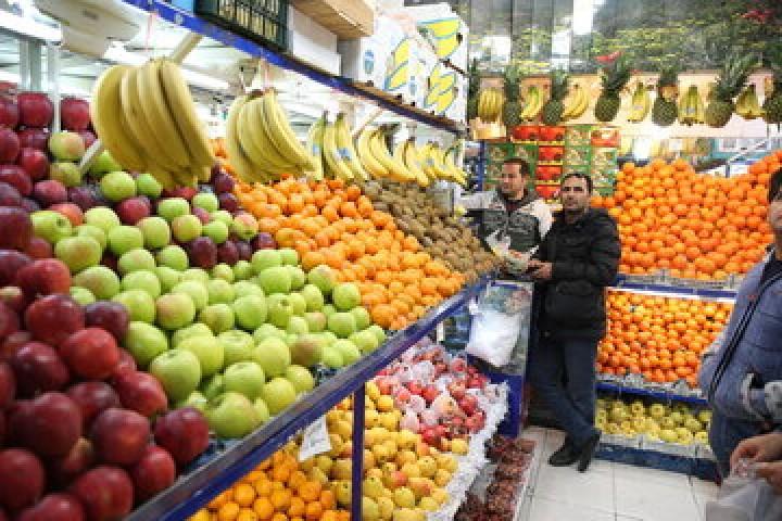 جا خوش کردن گرانی در ایستگاه میوه فروشان