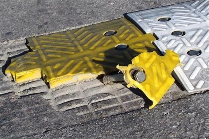 لزوم رعایت استانداردهای لازم در ساخت و نصب سرعتگیرها در ارومیه