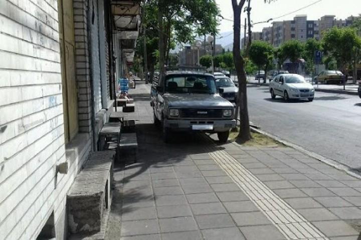 معضل حل نشدنی سدمعبر در پیادهروها و خیابانهای ارومیه