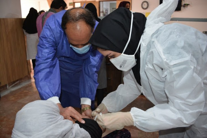 جزئیات نحوه واکسیناسیون کرونای سالمندان