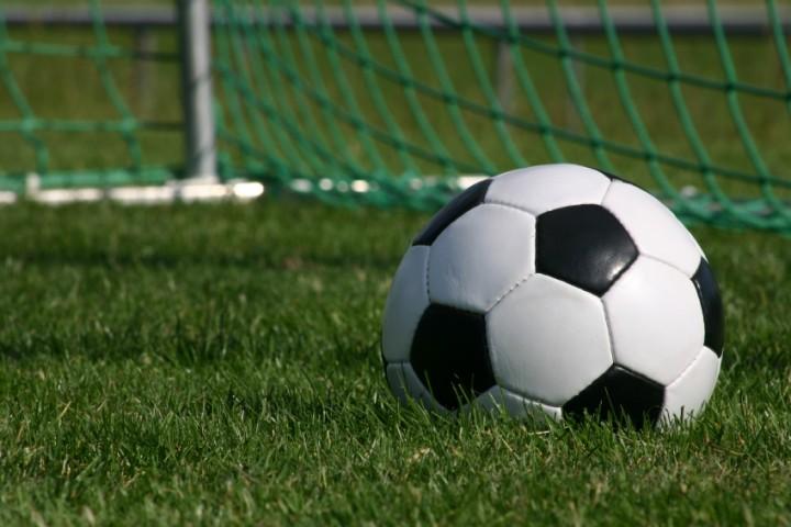 مدیران ورزشی پاسخگوی فاجعه فوتبال استان باشند/ چه کسی مسئولیت این سرانجام تلخ را برعهده می گیرد؟