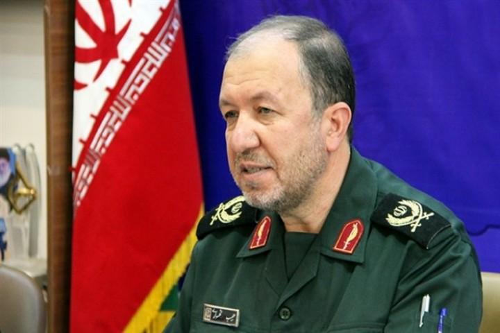 خون شهید سلیمانی انقلاب جدیدی در کشور ایجاد کرد