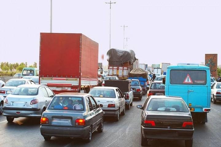 مشکلات شهری این بار زیرسایه تردد ماشین های سنگین در خیابانهای ارومیه