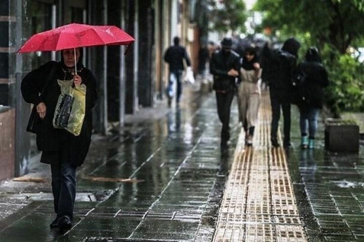 رگبار، رعدوبرق و وزش باد شدید در تهران و ۱۱ استان کشور