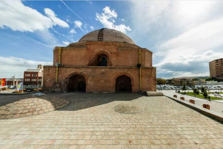 بازدید از اماکن تاریخی ارومیه ممنوع است