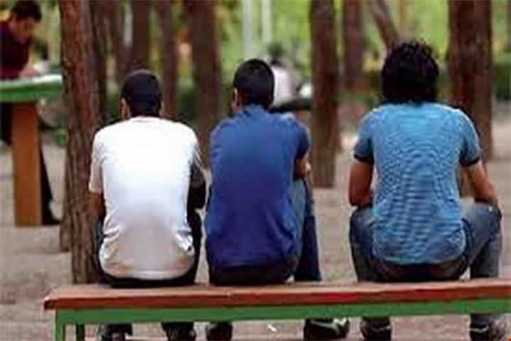 بیکاری در آذربایجان غربی بیداد می کند