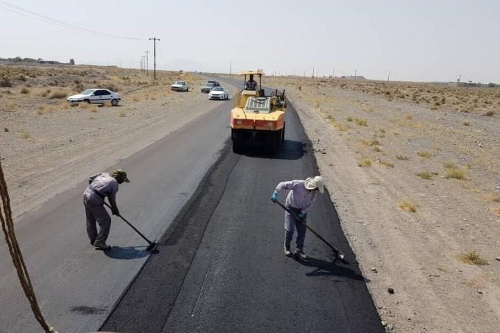 آسفالت 200 کیلومتر راه روستایی در آذربایجان غربی