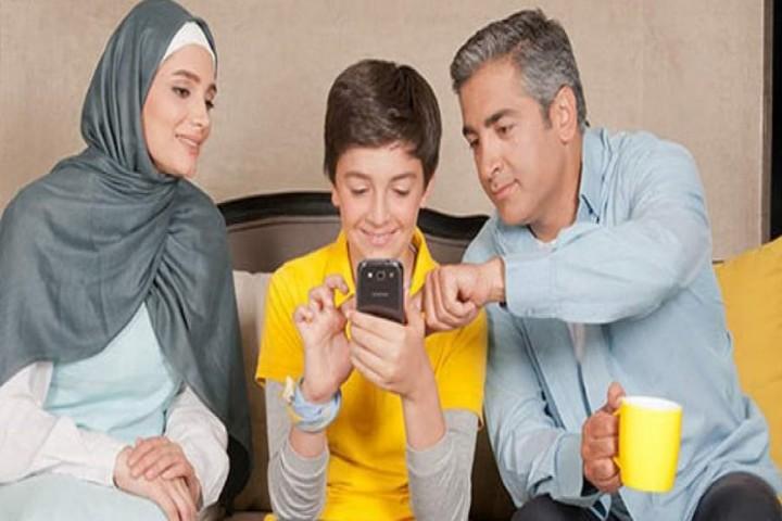ضرورت نظارت والدین بر فعالیت های مجازی فرزندان
