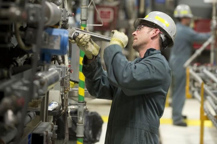 احیاء کارگاههای تولیدی/چرخهای تولیدی نای حرکت ندارند