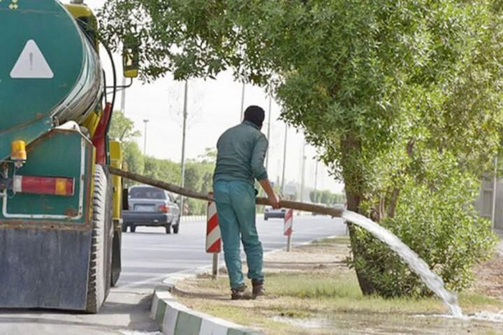 آبیاری فضای سبز شهری یا خیابان ها / مسئله این است؟!