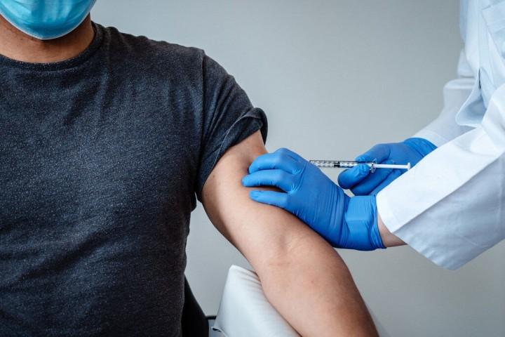 هشدار به مردم در خصوص بازار داغ سوء استفادههای واکسنی