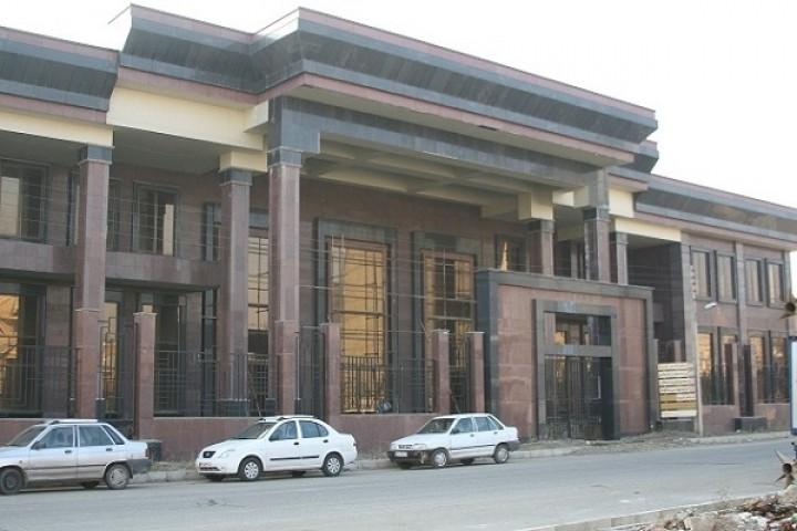 وعدههای پوشالی،تالار مرکزی ارومیه باز هم افتتاح نشد!
